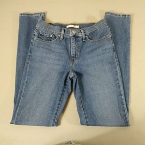 Levi's Women's 311 Shaping Skinny Jeans Size 26